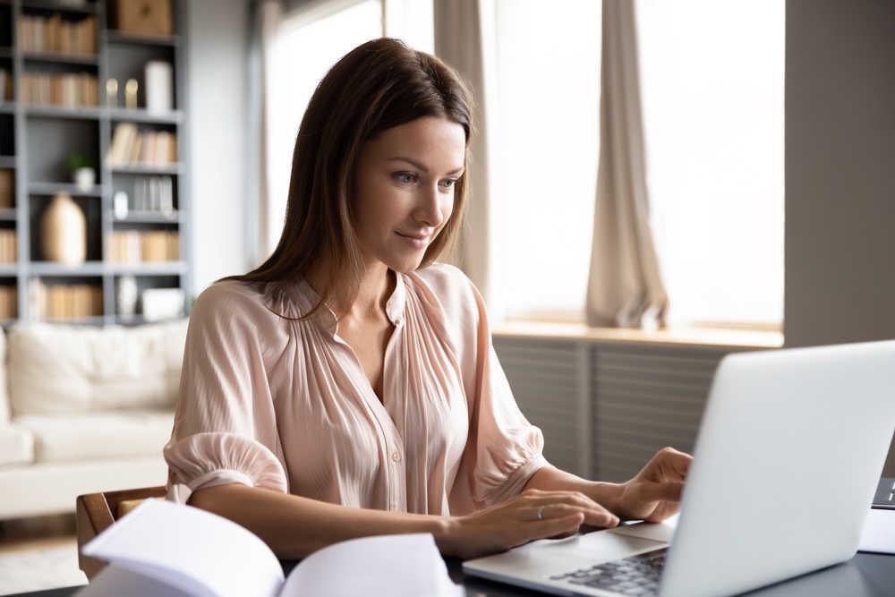 8 consejos para utilizar el ordenador sin dolores de espalda o vista